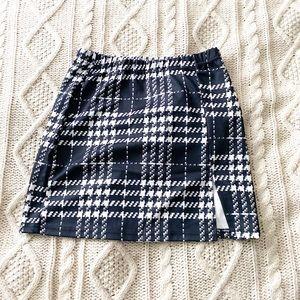 SHEIN Brand New Adorable Plaid Skirt XS